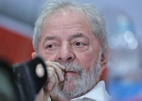 Moro determina prisão de Lula para cumprir pena
