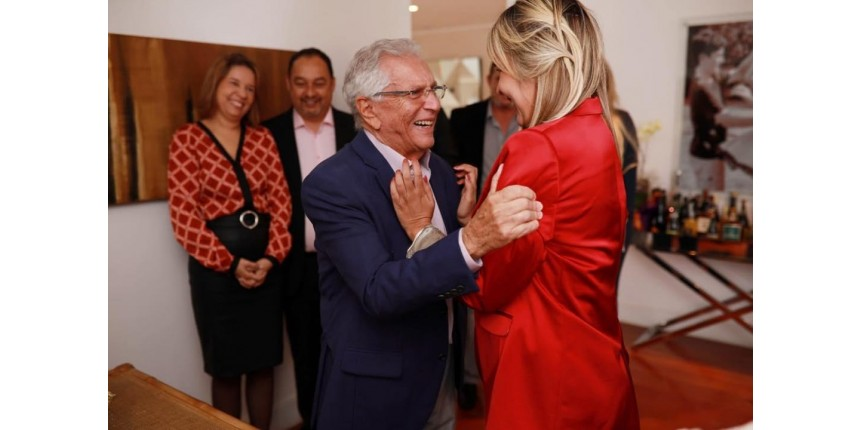 Aos 82 anos, Carlos Alberto de Nóbrega se casa pela terceira vez