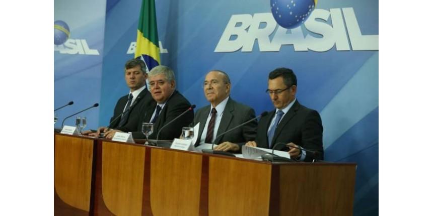 Governo anuncia acordo com líderes dos caminhoneiros