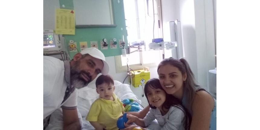 Bebê recebe transplante de coração no dia do aniversário de 1 ano