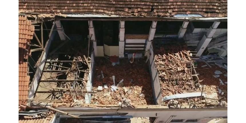 Laudo aponta apodrecimento de madeira como causa do desabamento do teto de creche