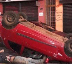Motorista atropela homem e bebê quando atravessavam rua