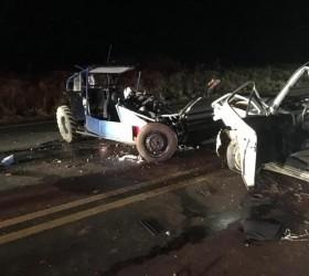Pai e filho em carro 'gaiola' morrem em acidente com...