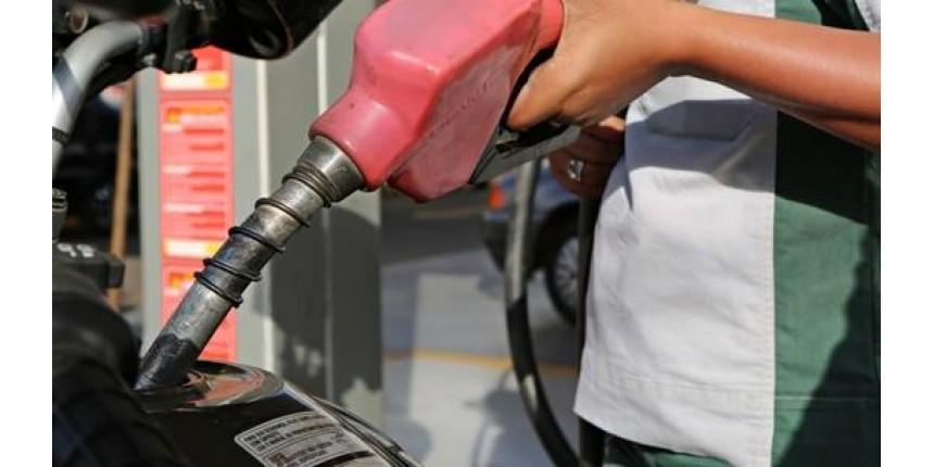 Preços médios da gasolina e do diesel nas bombas terminam a semana em queda, diz ANP