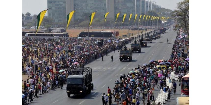 Militares chegam ao 7 de Setembro com prestígio em alta no governo