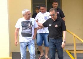 Polícia prende em Agudos dois suspeitos de participar do...
