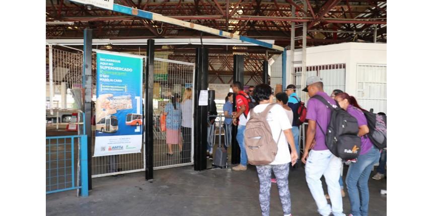 Volta todas as catracas no Terminal e abertura para Avenida Brasil
