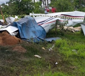 Médico, esposa e três filhos morrem em queda de avião