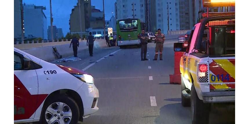 Cadeirante morre atropelada por ônibus