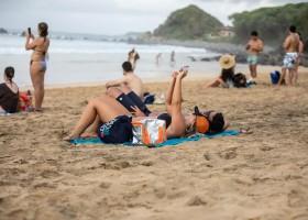 Recorde de visitantes em Fernando de Noronha aumenta risco de impacto do...