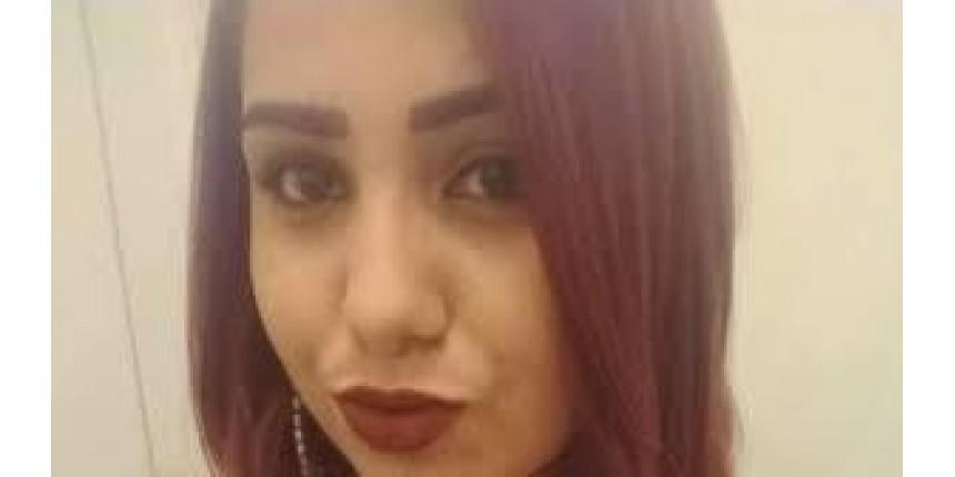 Jovem é assassinada pelo ex-namorado na porta de casa