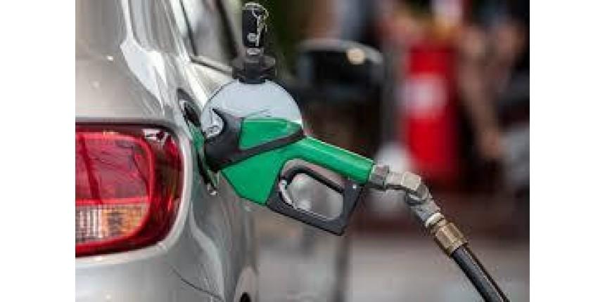 Preço médio da gasolina nas bombas tem nova queda e segue no menor valor desde janeiro de 2018, diz ANP