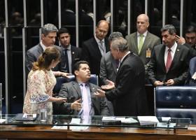 Toffoli anula decisão sobre votação aberta e determina voto secreto na eleição...