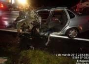Colisão frontal deixa mortos e feridos em rodovia
