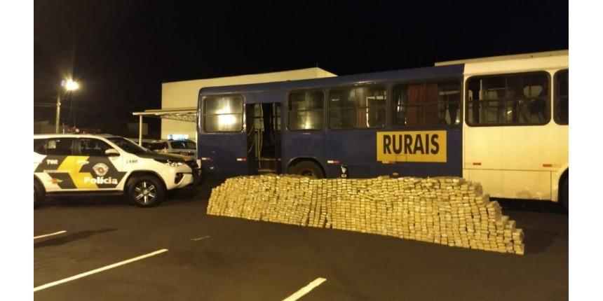 Polícia apreende mais de 1 tonelada de maconha em ônibus de trabalhadores rurais