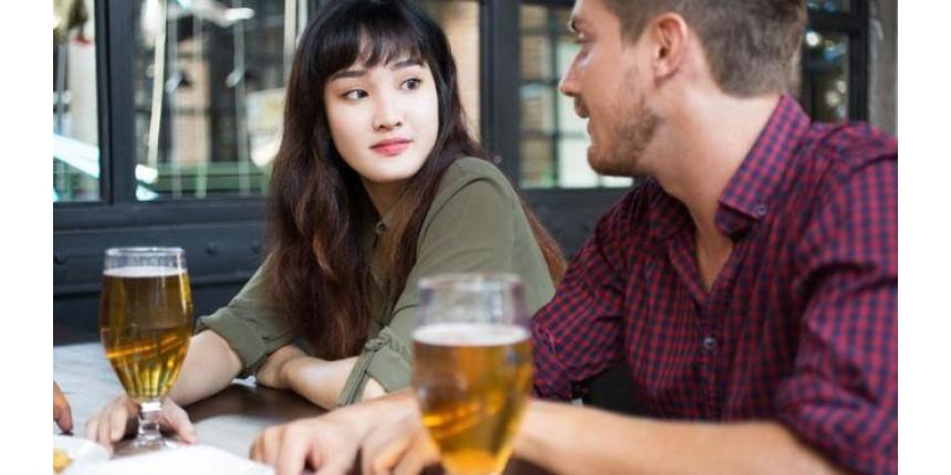 Estudo contesta teoria de que beber de forma moderada pode trazer benefícios à saúde