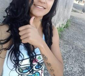 Jovem morre baleada na porta de casa em Marília; ex-namorado...
