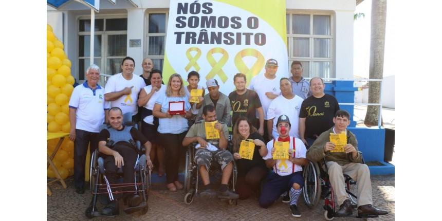 EMDURB Marília realiza encerramento da campanha Maio Amarelo com homenagem a apoiadores