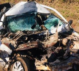 Motorista morre após bater veículo de frente com caminhão em...