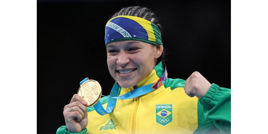 Beatriz Ferreira vence argentina e leva o único ouro do boxe brasileiro no Pan de Lima