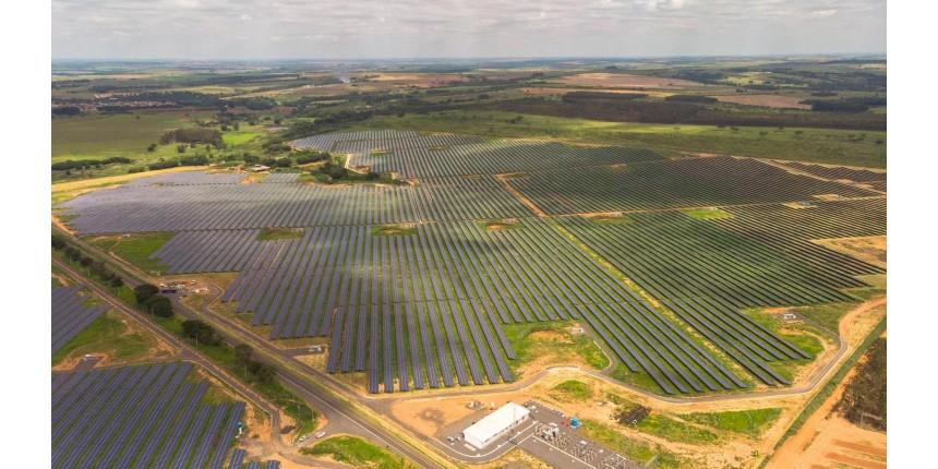 Complexos de energia solar são inaugurados nas cidades de Guaimbê e Ouroeste