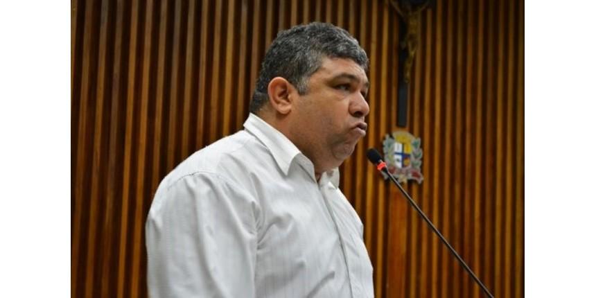 Ex-vereador e filha são presos suspeitos de desvio de verba de associação