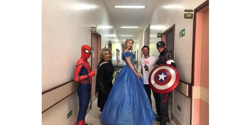 Voluntários dão vida a super-heróis para divertir crianças internadas