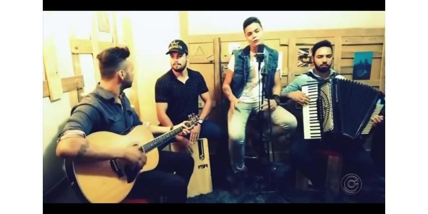Banda de Ibitinga que perdeu integrantes em acidente lança música na voz de cantor morto: 'Um presente'