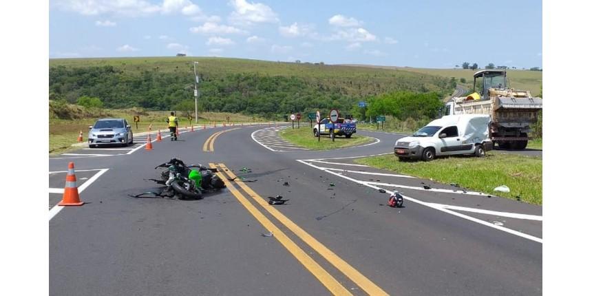 Empresário morre em acidente com moto na rodovia SP 333