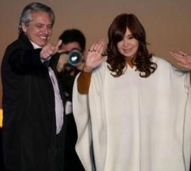 Alberto Fernández assume a presidência nesta terça e reconduz peronismo...