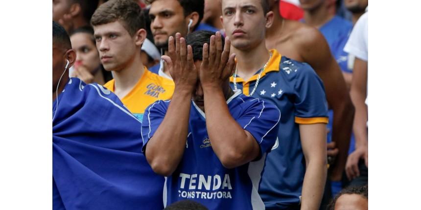 Da administração ao campo: o conjunto de problemas que levou o Cruzeiro à Série B do Brasileiro