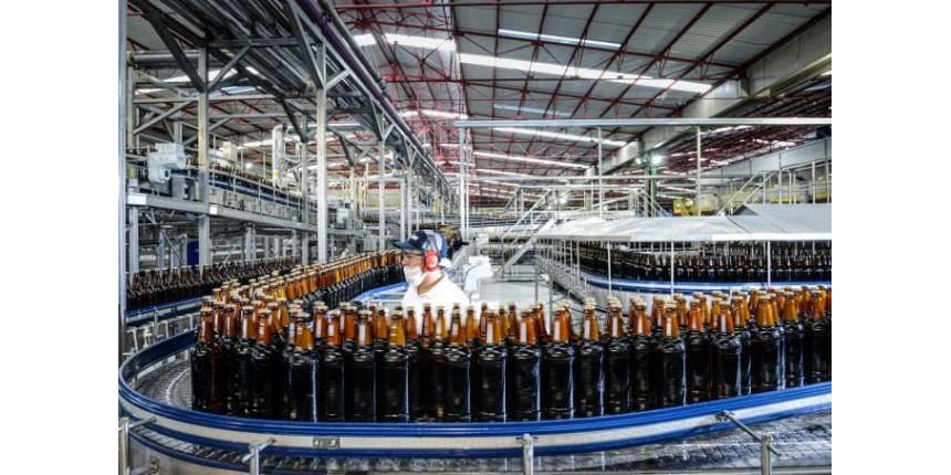Cerveja de milho e Heineken: por que a Ambev sofrerá para se recuperar