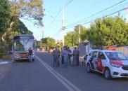 Mulher é morta a tiros dentro de ônibus em Marília;...
