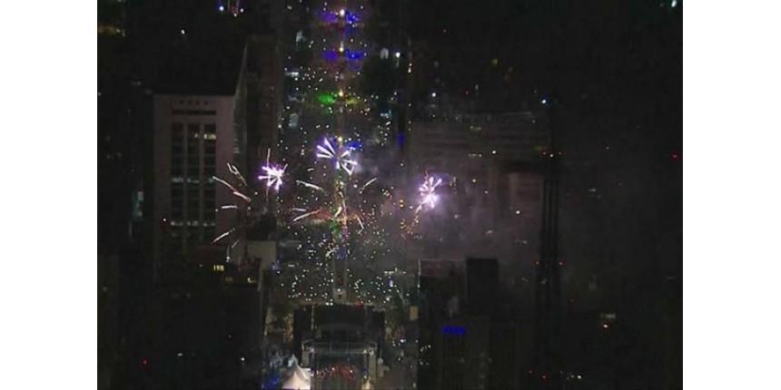 Prefeitura vai multar empresa dos fogos de artifício na Paulista