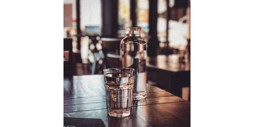 Aprenda como criar o hábito de beber água
