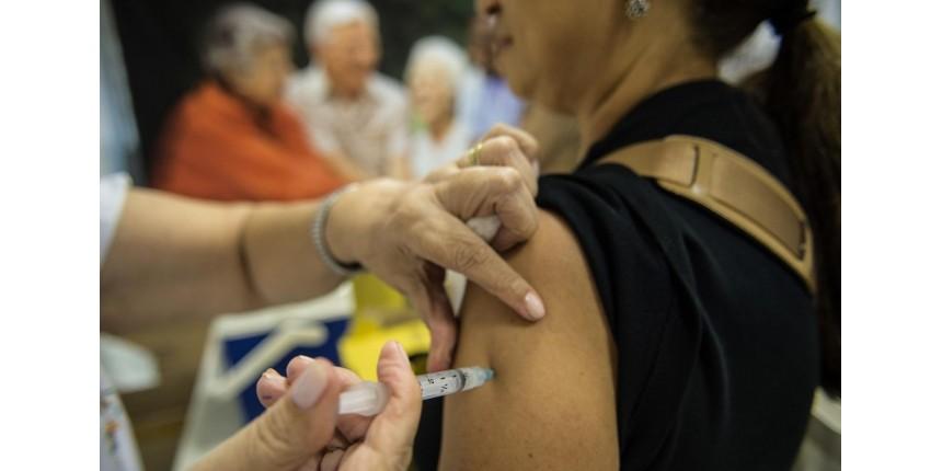 Com coronavírus, governo antecipa campanha de vacinação da gripe em 23 dias no Brasil