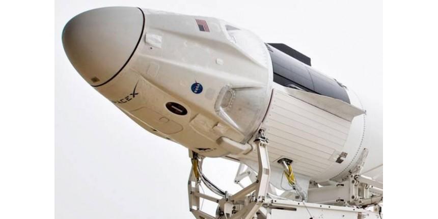 SpaceX lançará quatro turistas para orbitar a Terra