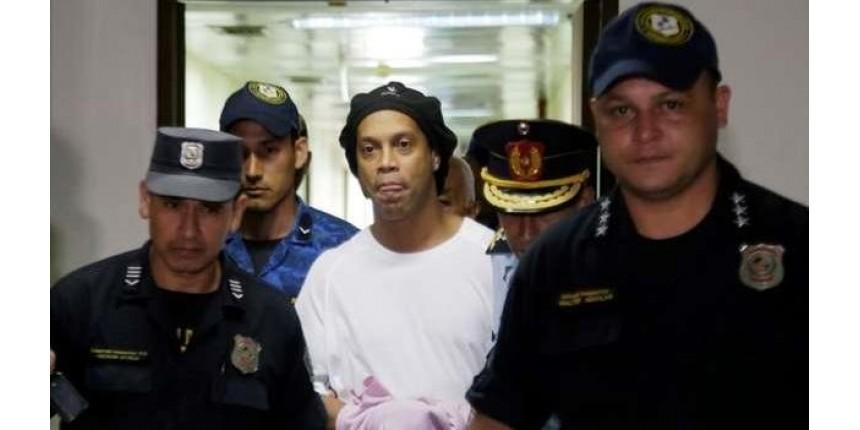 Justiça do Paraguai nega prisão domiciliar para Ronaldinho e irmão