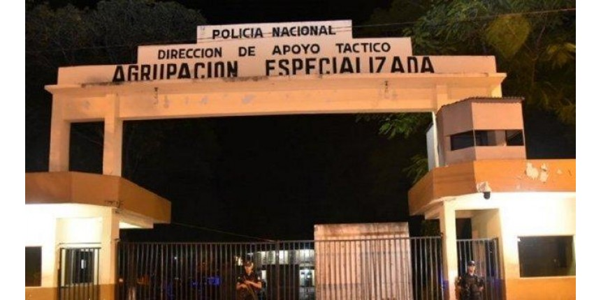 Pressão da população e da mídia. Ronaldinho é preso no Paraguai