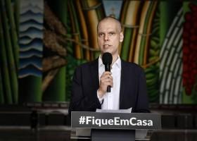 Bruno Covas assina decreto que antecipa feriados em São Paulo