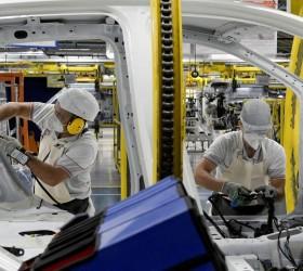 Faturamento caiu em mais de 80% das indústrias nos últimos...