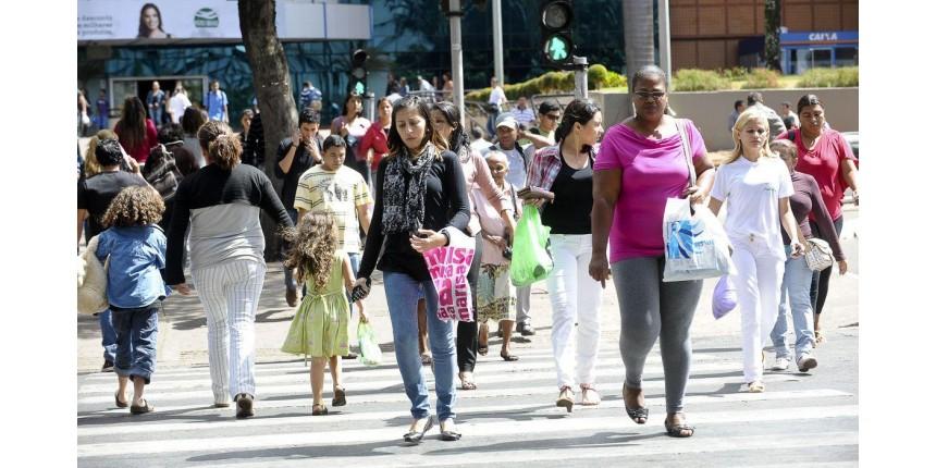 Perda total ou em parte da renda mensal já atingiu 40% dos brasileiros