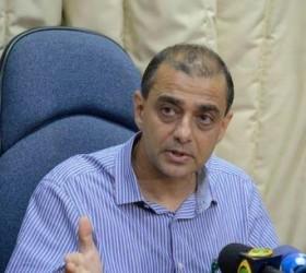 Ex-secretário de Saúde do RJ é preso em operação do...