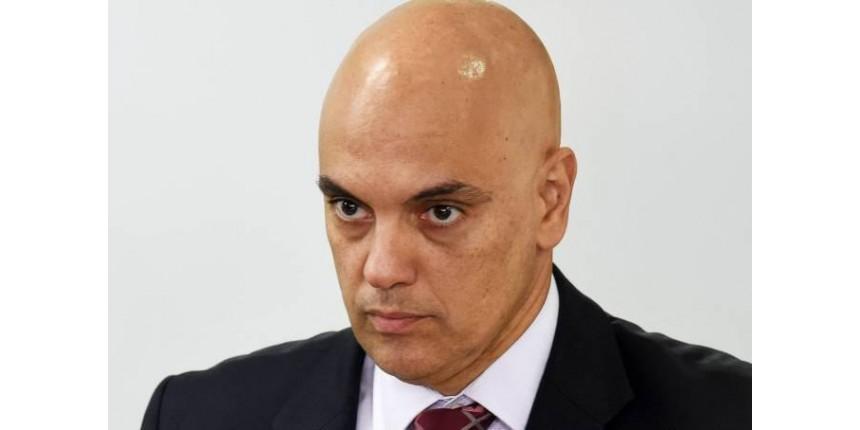 Fevereiro de 2017: Por que Alexandre de Moraes mentiu no currículo?