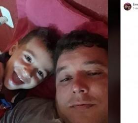 Pai e filho morrem em acidente com três caminhões em...