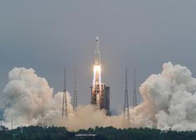 Destroços de foguete chinês cairão no sábado na Terra