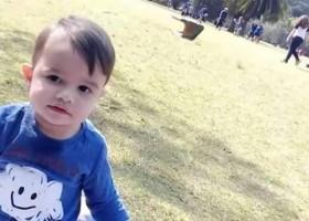 Polícia indicia mãe por suspeita de assassinar filho de 3 anos e...