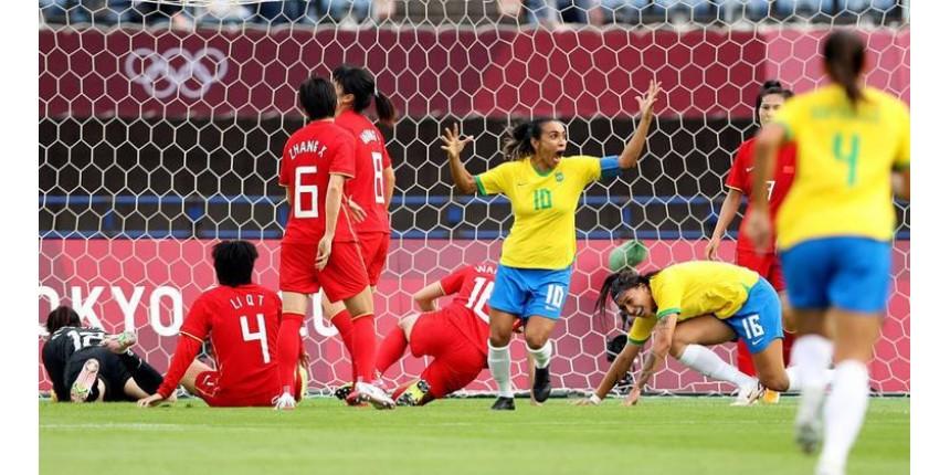 Brasil estreia com goleada sobre a China no futebol feminino