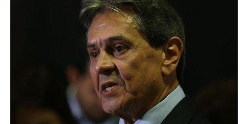 Polícia Federal prende ex-deputado Roberto Jefferson no Rio de Janeiro